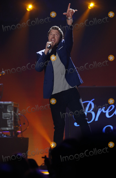 Brett Eldredge Photos - 30 April 2016 - Austin Texas -  Brett Eldredge 2016 iHeart Country Festival at The Frank Erwin  Photo Credit MJTAdMedia