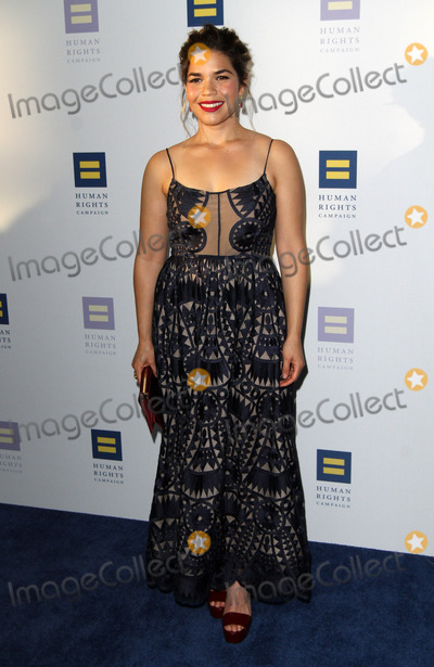 America Ferrera Photo - The Human Rights Campaign 2017 Los Angeles Gala Dinner