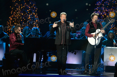 Gary Le Vox,Joe Don Rooney Photo - 2013 CMA Country Christmas - Show