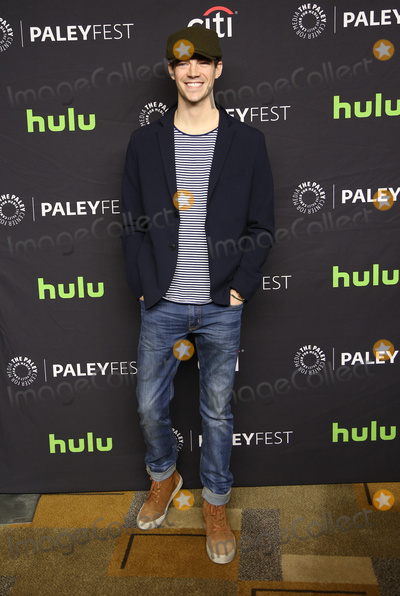 Grant Gustin Photo - The Paley Center For Medias 34th Annual PaleyFest Los Angeles - The CW Heroes  Aliens
