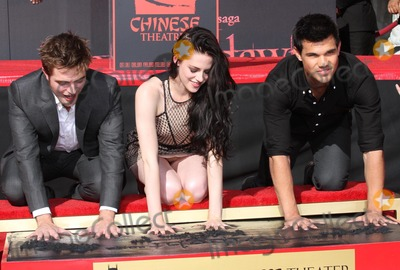 Photos From 'The Twilight Trio' Hand and Foorprint Ceremony