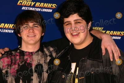 Drake,Drake Bell,Josh Peck Photo - Agent Cody Banks 2-Destination London World Premiere