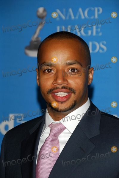 Donald Faison Photo - The 37th Annual NAACP Image Awards Arrivals
