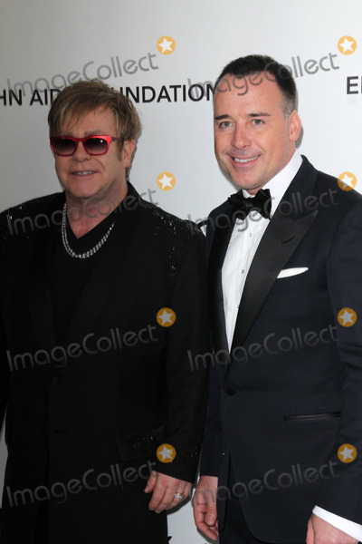 Elton John,David Furnish Photo - 20th Annual Elton John AIDS Foundation Academy Awards Party