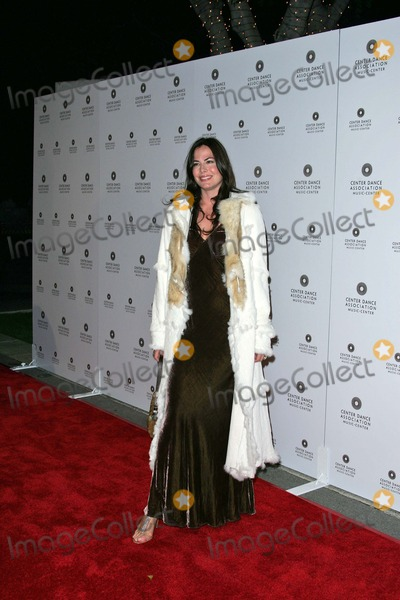 Gina Tolleson Photo - Gina Tolleson At the NYC Ballet Black-Tie Gala Opening Dorothy Chandler Pavilion Los Angeles CA 10-08-04