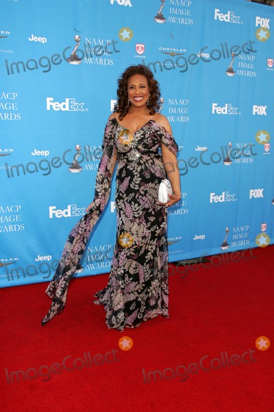 Telma Hopkins Photo - The 37th Annual NAACP Image Awards Arrivals