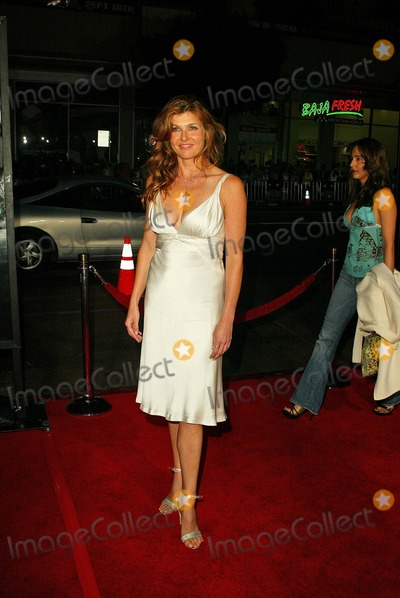 Connie Britton Photo - Friday Night Lights World Premiere