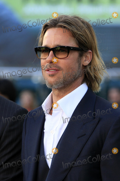 "Brad Pitt arrives at the ""Moneyball"" World Premiere"