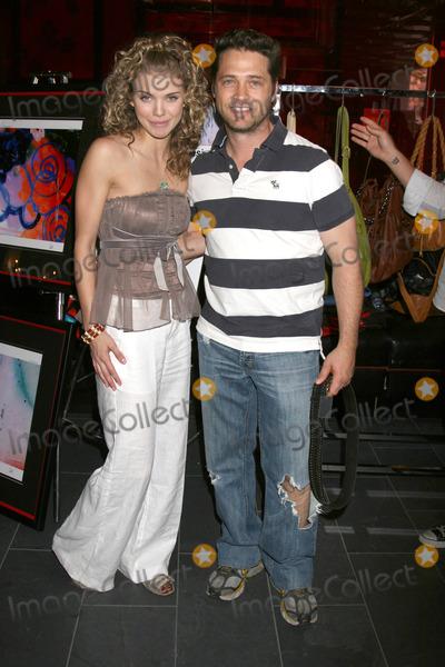 Christine Elise And Jason Priestley