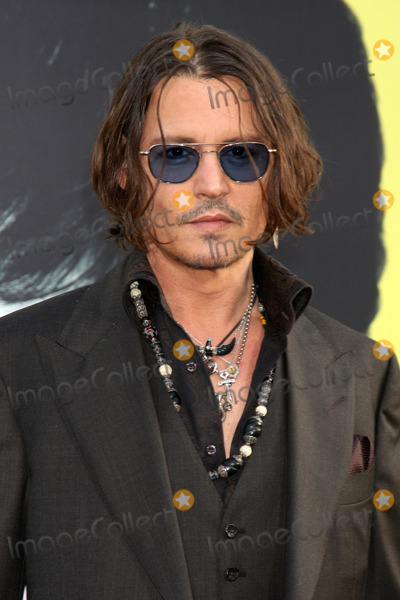 "Johnny Depp arrives at the ""Dark Shadows"" - Los Angeles Premiere"