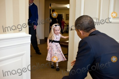 Kennedy Photo - United States President Barack Obama welcomes Make-A-Wish child Kennedy Alexander to the Oval Office March 15 2011Photo by Pete SouzaWhite HouseCNP-PHOTOlinknet