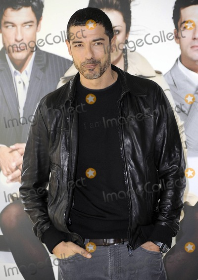 Alessandro Gassmann Photo - Alessandro Gassmann at the photocall for La Donna Della Mia Vita in Rome Italy 111910