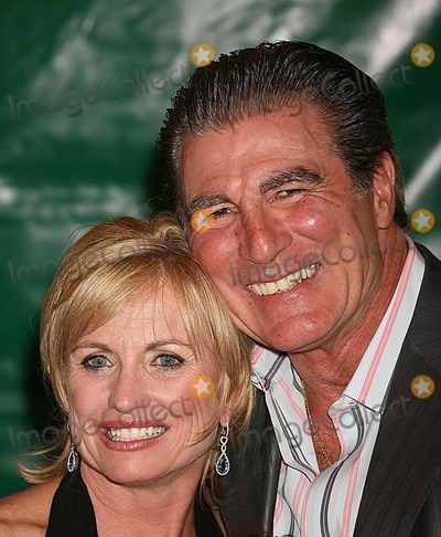 Vince Papale Photo - Vince Papale and Wife Arriving at the Premiere of Invincible at the Ziegfeld Theater in New York City on 08-23-2006 Photo by Henry McgeeGlobe Photos Inc 2006