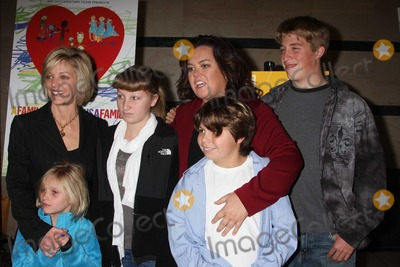 Kelly ODonnell Photo - Rosie ODonnell Kelli kids4896JPGNYC  011910Rosie ODonnell with former partner Kelli ODonnell and their 4 kids Parker ODonnell (14 12 years old) Chelsea ODonnell (12 12) Blake ODonnell (9 years old) and Vivienne ODonnell (7 years old) at a screening of her new HBO documentary A Family Is a Family Is a Family A Rosie ODonnell Celebration at the HBO officesDigital Photo by Adam Nemser-PHOTOlinknet