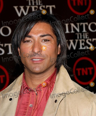 Jay Tavare Photo - Into the West the Tnt West Coast Premiere at the Directors Guild Theater in West Hollywoodca 06-08-2005 Photo by Fitzroy Barrett Globe Photos Inc 2005 Jay Tavare