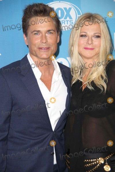 Sheryl Berkoff Photo - Fox 2015 Programming Presentation Red Carpet Arrivals Wollman Rink Central Park NYC May 11 2015 Photos by Sonia Moskowitz Globe Photos Inc Rob Lowe Sheryl Berkoff Lowe