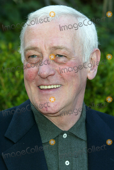 John Mahoney Photo - Archival Pictures - Globe Photos - 77575