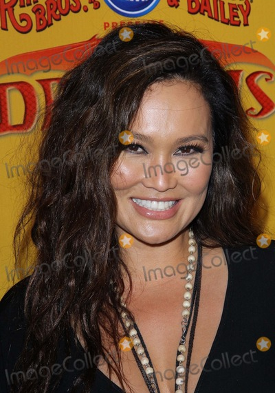 Elizabeth Mcgovern,Tia Carrere,Elizabeth McGovern_ Photo - Ringling Bros Premiere of Dragons