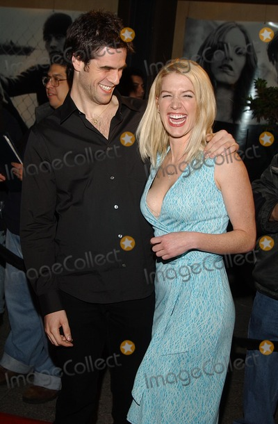 RITZ CARLTON,Eddie Cahill,Poppy Montgomery Photos -  the Wbs Winter Press Tour Ritz Carlton Huntington Hotel Pasadena CA 01152002 Poppy Montgomery and Eddie Cahill Photo by Amy GravesGlobe Photosinc2002 (D)