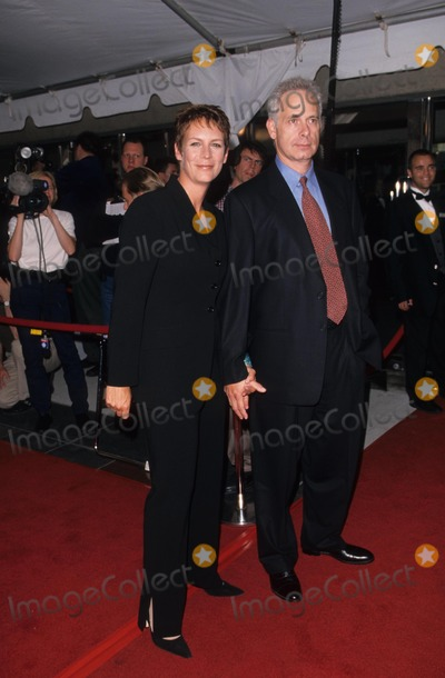 Pictures from jamie lee curtis for Jamie lee curtis husband christopher guest