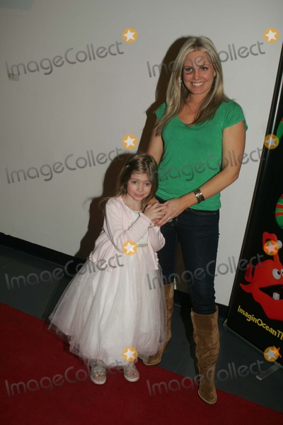 Terri Colombino,John Tartaglia Photo - Imaginocean Opening Night New York City