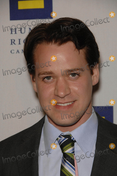 TR Knight,T R Knight,T. R. Knight,T.R. Knight Photo - Human Rights Campaigns Hero Award and Gala - Los Angeles