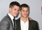Charlie Carver Photo 1