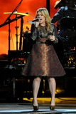Kelly Clarkson Photo - 01 November 2012 - Nashville Tennessee - Kelly Clarkson The 46th Annual CMA Awards Country Musics Biggest Night held at Bridgestone Arena Photo Credit Laura FarrAdMedia