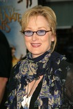 Meryl Streep Photo - Meryl Streep at Lemony Snickets A Series Of Unfortunate Events World Premiere Cinerama Dome Hollywood CA 12-12-04