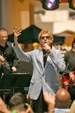 Barry Manilow Photo 1