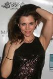 Donna D'Errico Photo 1