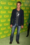 Justin Hartley Photo 1