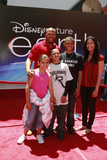 Antonio Pierce Photo - Antonio Pierce and family arriving Earth World Premiereat the El Capitan TheatreApril 18 2009 - Hollywood California