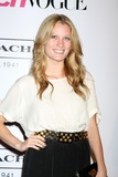 Ashley Hinshaw Photo 1