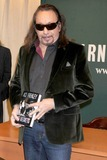 Ace Frehley Photo - Photo by Dennis Van Tinestarmaxinccom2011ALL RIGHTS RESERVEDTelephoneFax (212) 995-119611311Ace Frehley at a signing of his new book No Regrets(NYC)