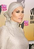 Jennifer Lopez Photo - Photo by REWestcomstarmaxinccom200683106Jennifer Lopez at the 2006 MTV Video Music Awards(Radio City Music Hall NYC)
