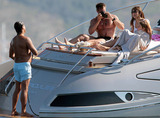 Arun Nayer Photo - Elizabeth Hurley with Arun Nayer and her son Damian on vacation in Saint Tropez (France) 81710