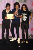 Andrew Hurley Photo - Recording artists Pete Wentz Joe Trohman and Andrew Hurley from the band Fall Out Boy with the Best Group award in the pressroon of the MTV VMA 2007 at the Palms Casino