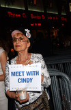 Cindy Sheehan Photo - NEW YORK AUGUST 17 2005    Cindy Sheehan supporters in New York City hold a vigil at Rockefeller Center