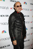 Elle Macpherson Photo - John Varvatos at Macys Celebrates Fashion Star With Elle Macpherson Nicole Richie And John Varvatos at Macys Herald Square on March 13 2012 in New York City