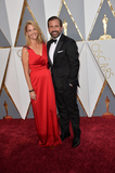 Steve Carell Photo - Actor Steve Carell  wife Nancy Carell at the 88th Academy Awards at the Dolby Theatre HollywoodFebruary 28 2016  Los Angeles CAPicture Paul Smith  Featureflash