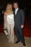 Goldie Photo - Actress GOLDIE HAWN  actor KURT RUSSELL at the 2003 Hollywood Awards at the Beverly Hills HiltonOct 20 2003 Paul Smith  Featureflash