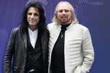 Alice Cooper Photo - London UK Alice Cooper and Barry Gibb  at the Nordoff Robbins O2 Silver Clef Awards at Grosvenor House Park Lane London on Friday 30 June 2017Ref LMK73-S431-020717Keith MayhewLandmark Media WWWLMKMEDIACOM