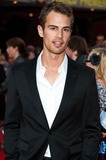 Theo James Photo 1