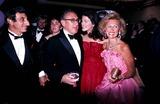 Jamie Farr Photo - Barbara Davis with Jamie Farr and Henry Kissinger Photo Globe Photos Inc 1982 Marvindavisretro