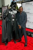 Ahmed Best Photo - Star Wars Episode Ii Attack of the Clones Los Angeles Premiere Benefitting the Fullfillment Fund Held at Graumans Chinese Theatre Ahmed Best and Darth Vader Photo by Fitzroy Barrett  Globe Photos Inc 5-12-2002 K24997fb (D)