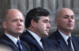 Ian Duncan Smith Photo - ALPHA M045299 14_09_01Chancellor Gordon Brown sits between old and new Tory leaders William Hague and Ian Duncan Smith-REMEMBERANCE SERVICE AT ST PAULS CATHEDRAL LONDON FOR THE VICTIMS OF TERRORIST ATTACKS IN AMERICAALPHAGLOBE PHOTOS INCALPHAGLOBE PHOTOS INC