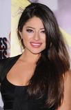 Mayra Leal Photo 1