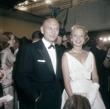 Yul Brynner Photo - Yul Brynner with Wife K6385 Supplied by Globe Photos Inc