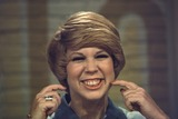 Vicki Lawrence Photo - Vicki Lawrence 1977 G5173 Photo by Donald Sanders-Globe Photos Inc